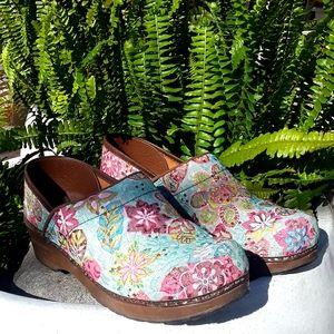 Shoes - * Sanita Flowered Clogs Mules * Boho *Work